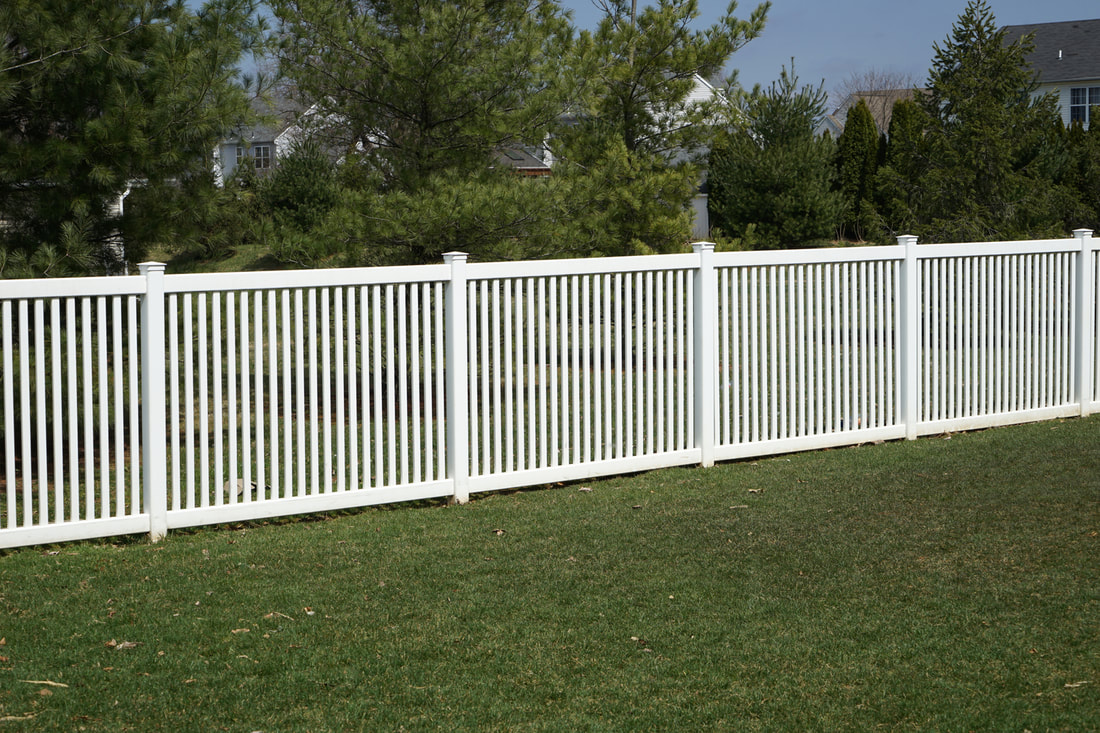 White fence for yard vinyl durable